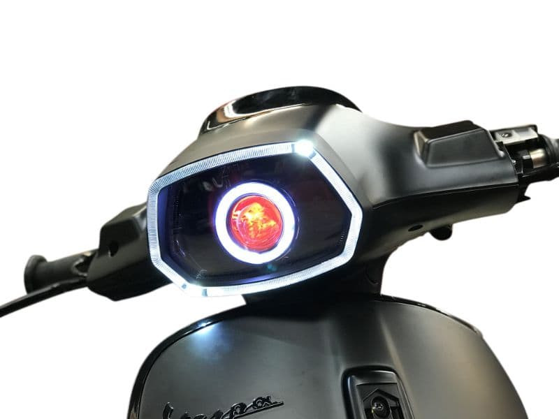 Angel Eye + Devil Eye Rood | Vespa Sprint